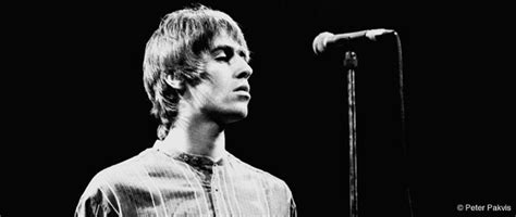 BBC - Seven Ages of Rock - Events - Oasis At Knebworth