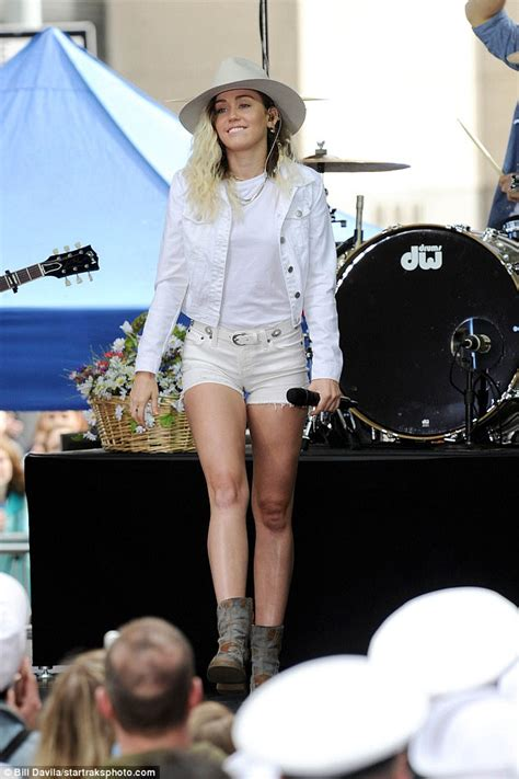 Miley Cyrus shows her country roots on The Today Show