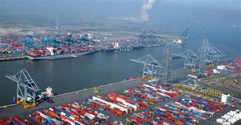 Antwerp port looks to 'urgent' capacity expansion on