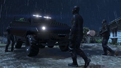 30 new GTA Online screens show two Heists | VG247