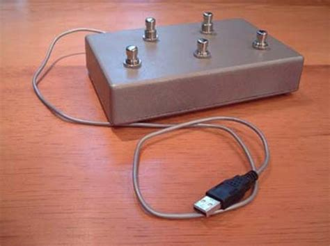 Tutorial: Making Connections: Building a USB Footswitch