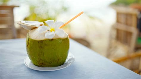 3 reasons you must have coconut water | Vogue India