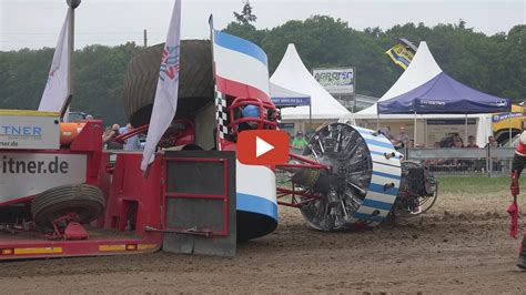 Crash Roude Leiw Junior Lux @ Anholt Tractor Pulling by